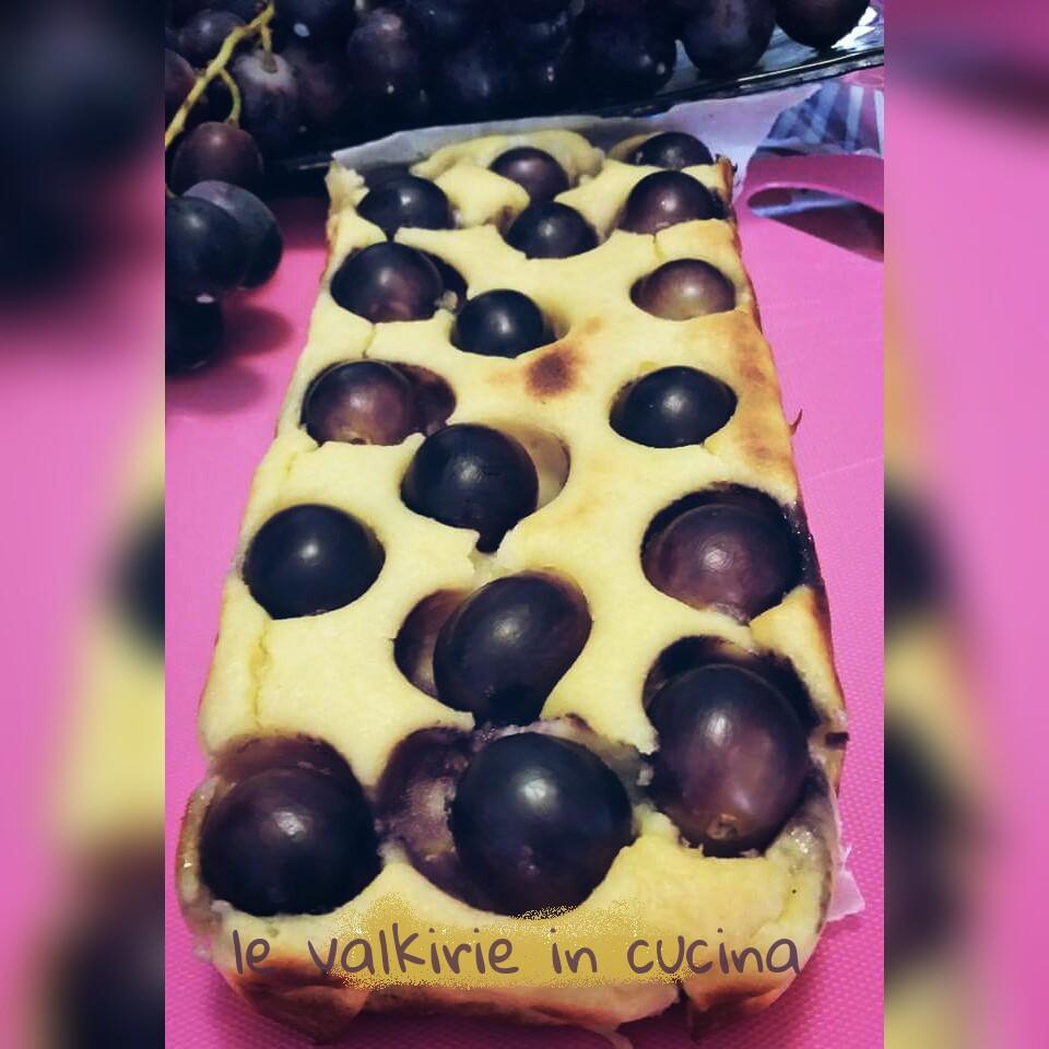 Plumcake di semolino con uva