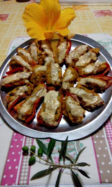 Peperoni ripieni con verdure riadoperate