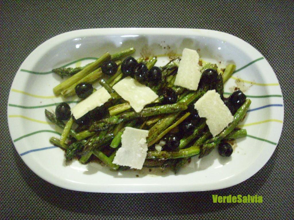 come cucinare asparagi verdi in padella