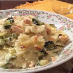 Pasta al forno con zucchine e salmone fresco