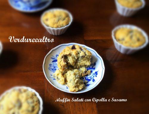 Muffin Salati con Cipolla e Semi di Sesamo