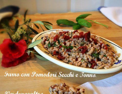 Farro con Pomodori Secchi, Tonno e Basilico