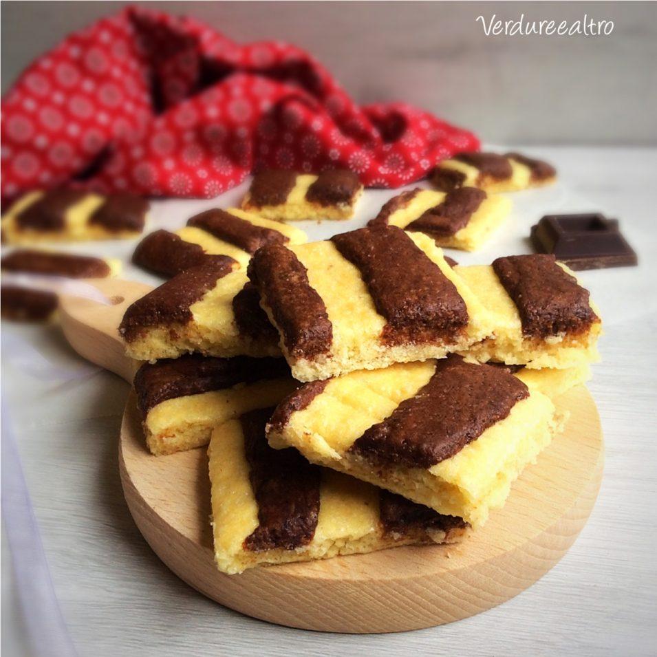 Quadretti bicolori di Pasta Frolla