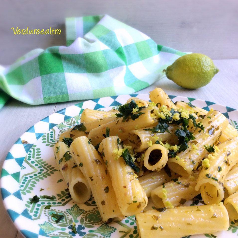 Pasta al Limone con acciughe e prezzemolo