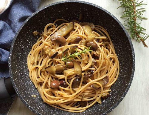 Pasta Integrale con Melanzane e Olive Taggiasche