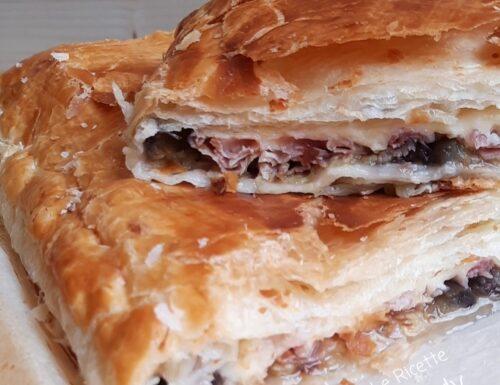 Pasta Sfoglia Ripiena di Melanzane Prosciutto e Formaggio