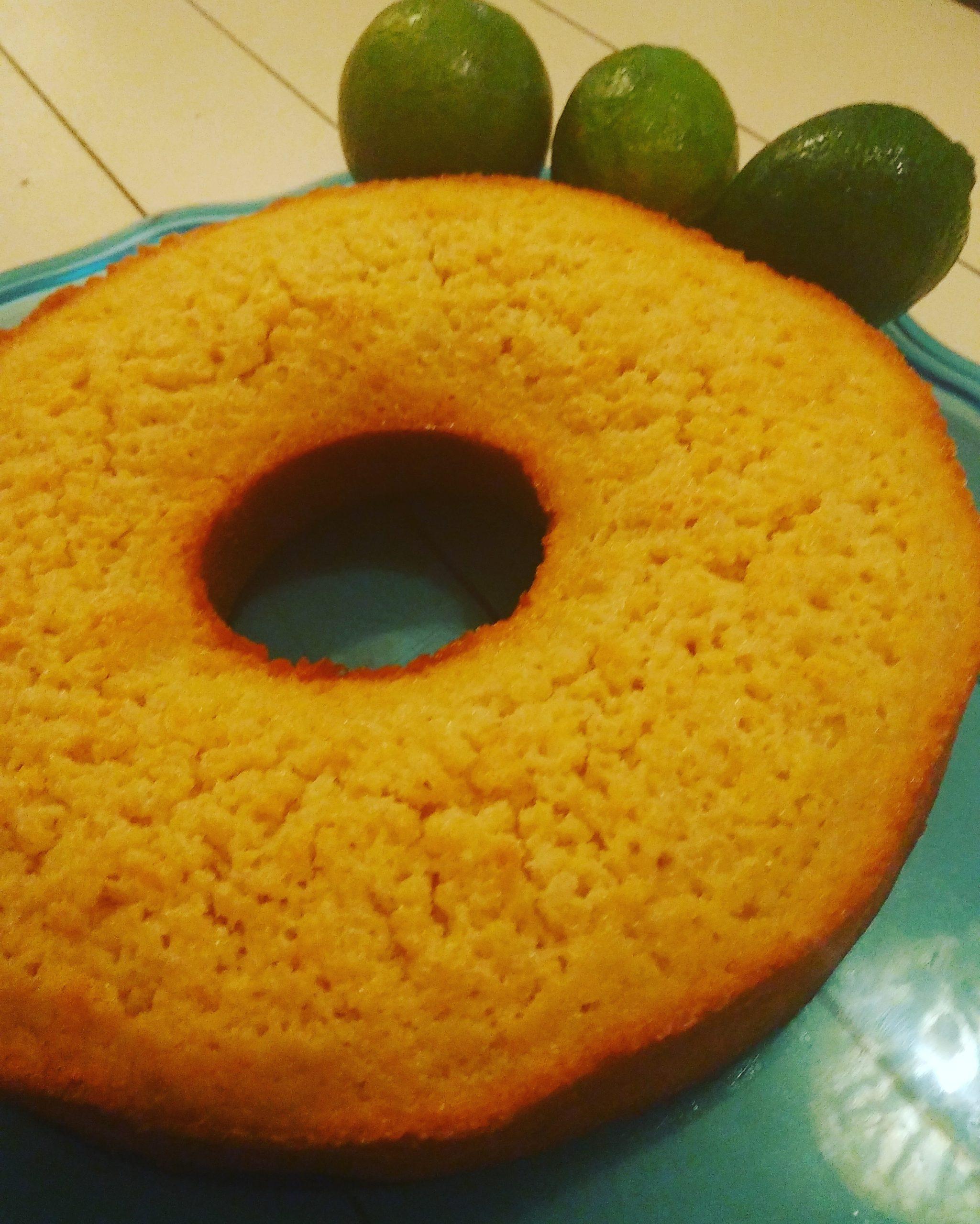 Bolo de limão- Ciambella al lime
