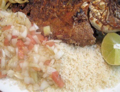 Attiéké con pesce (Costa d'Avorio)