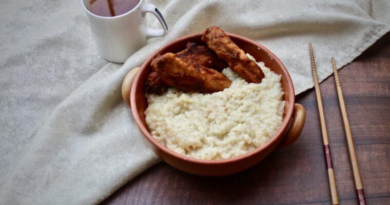 Congee di pollo con youtiao (Cina)