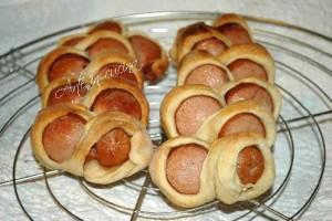 Mini buffet… petits pain aux sausicces..