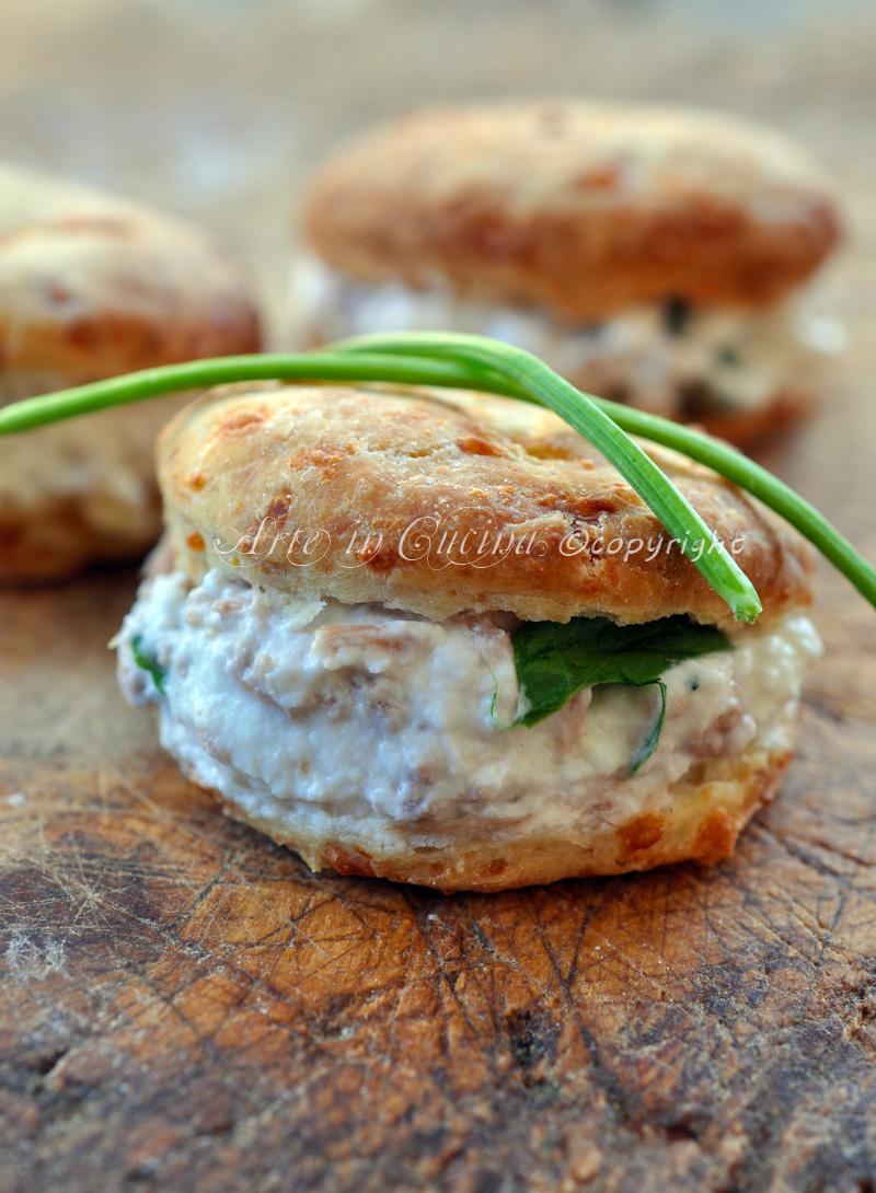 Bignè con crema alla ricotta ricetta vickyart arte in cucina