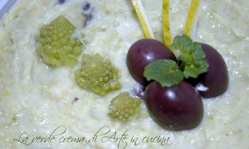 Vellutata di cavolo e olive ricetta facile e veloce
