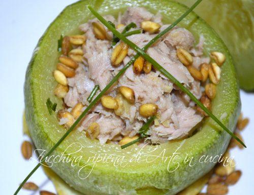 Zucchine tonde con tonno e grano tostato