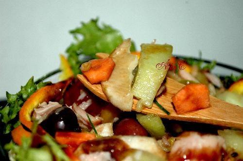 Insalata con frutta ortaggi e topinambur