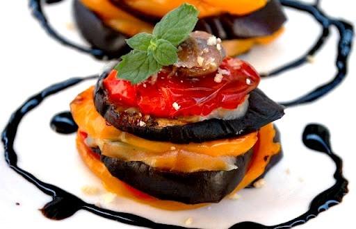 Parmigiana light con melanzane e peperoni