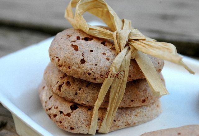 Biscotti soffici al cioccolato senza farina