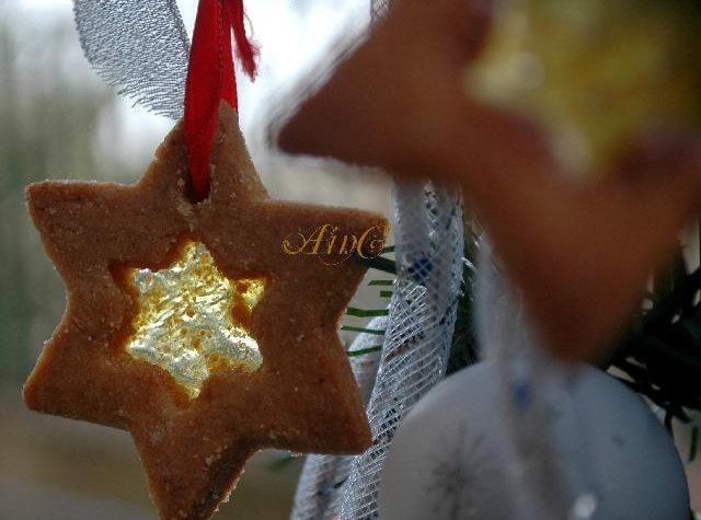 Biscotti di vetro senza glutine per Natale