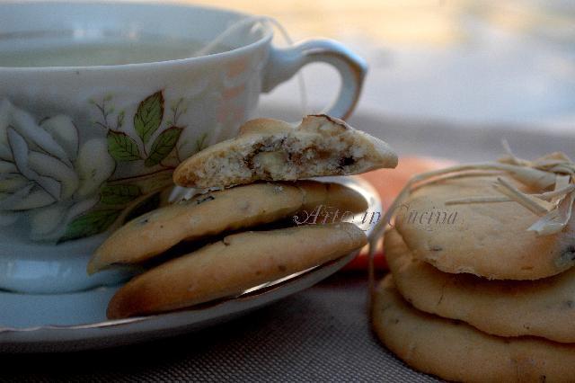 Biscotti veloci cioccolato e noci senza glutine