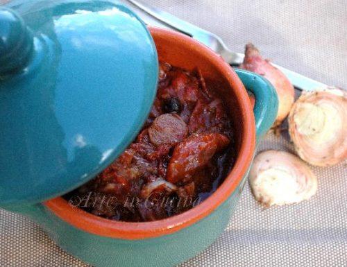 Spezzatino di vitello peperoni e cipolle rosse