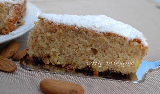 Torta soffice ricotta mandorle senza glutine e lievito