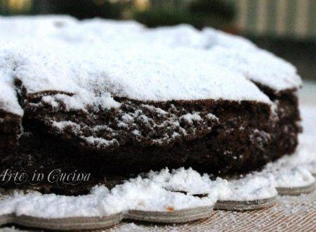 Torta veloce al cioccolato e cacao senza farina