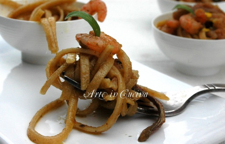 Spaghetti integrali gamberi acciughe e burro al tartufo