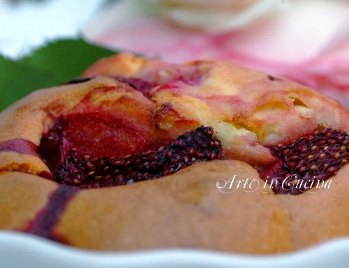 Torta semplice con fragole