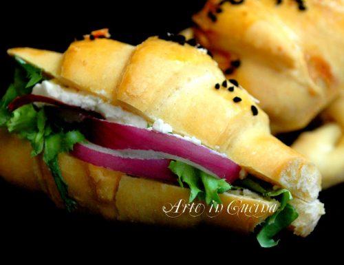 Cornetti salati da farcire per feste buffet antipasto