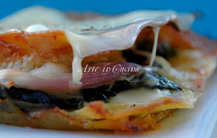 Lasagne con spinaci, prosciutto e cipolla