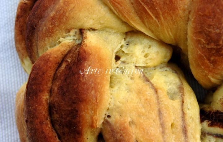 Pan brioche al cacao con finta sfogliatura