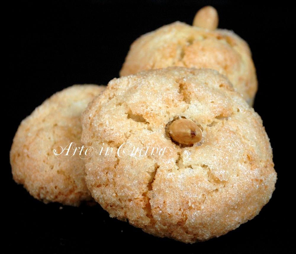Amaretti sardi dolci veloci is amarettus for Ricette dolci sardi
