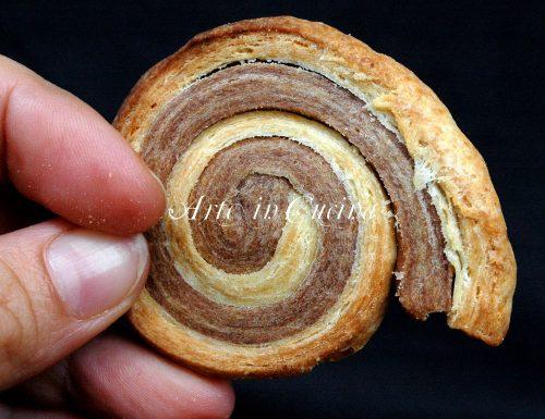 Girelle di sfoglia veloce bicolore al cioccolato