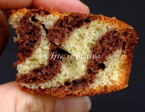 Torta con olio al cacao bicolore zebrata