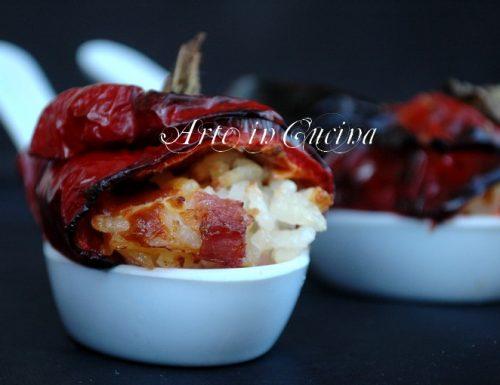Peperoni dolci ripieni con riso e pancetta