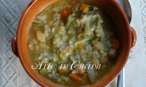 Minestra di verdure ceci e riso