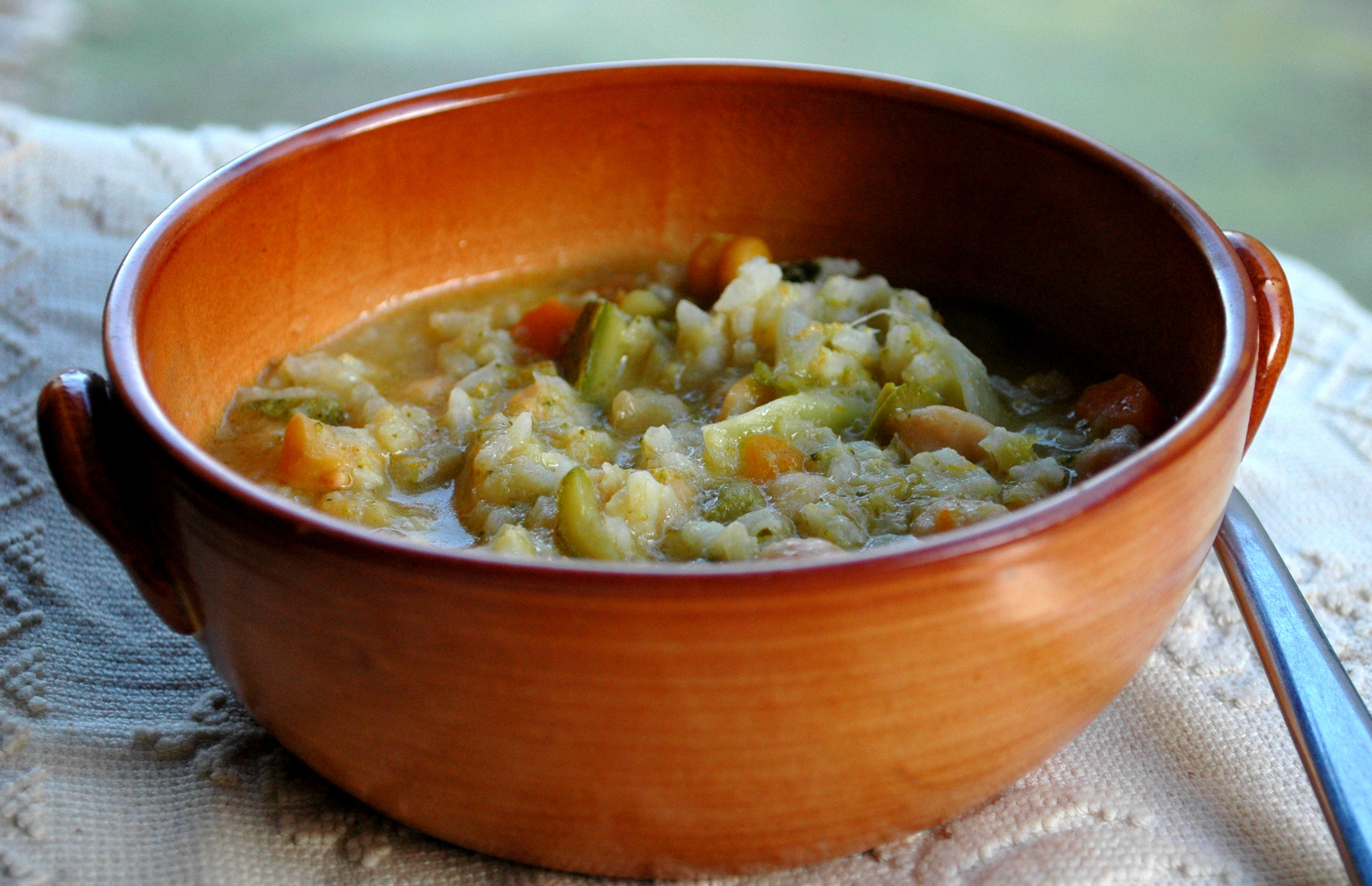 minestra ceci, verdure, riso