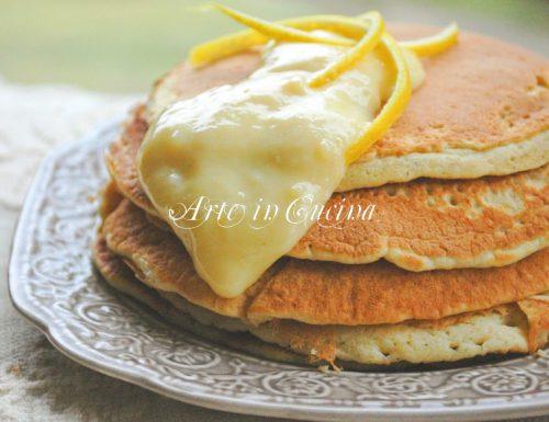 Pancakes al limone con crema ricetta colazione