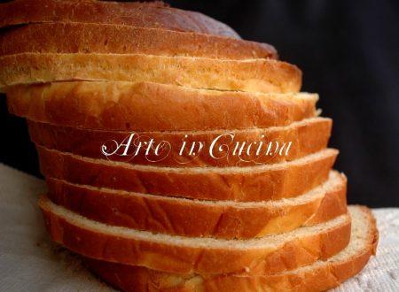 Pan brioche da affettare ricetta antipasto o colazione