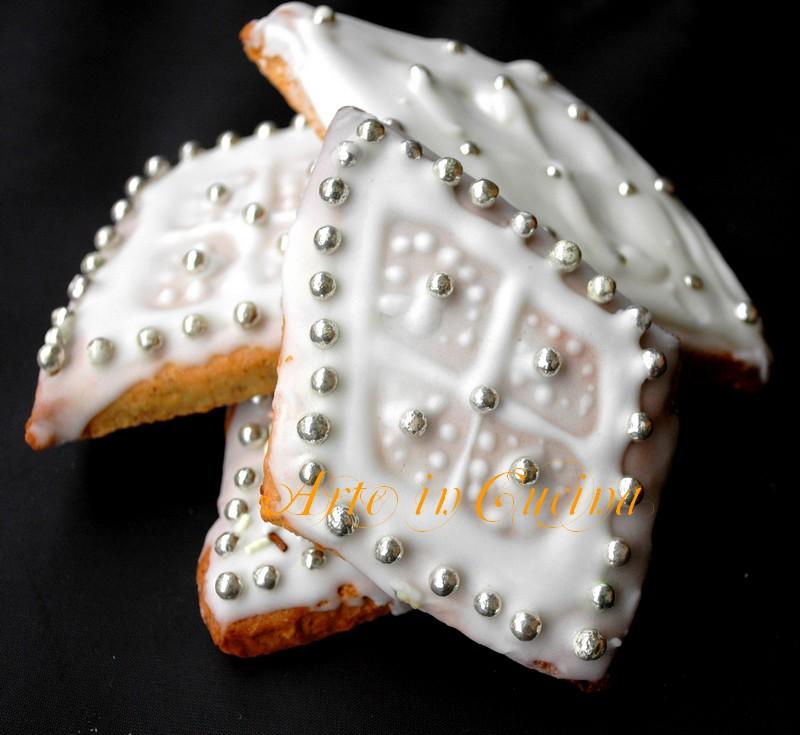 Pabassinas dolci sardi natalizi mandorle e uvetta arte for Ricette dolci sardi