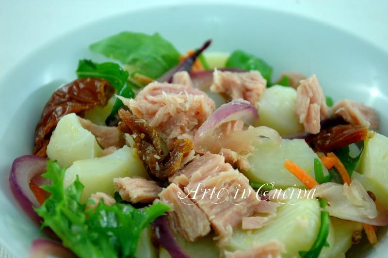 Insalata di patate cipolle e tonno ricetta facile vickyart