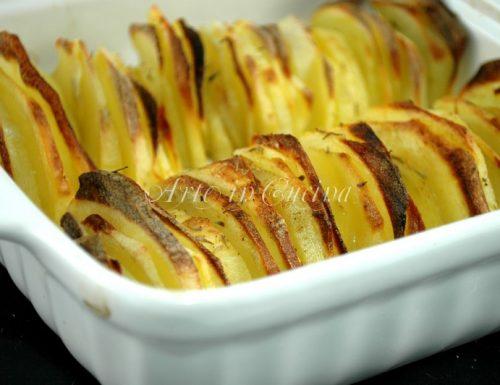 Teglia di patate chips al forno facile veloce economica e buona