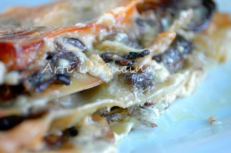 Lasagna con melanzane e funghi semplice e deliziosa arte in cucina