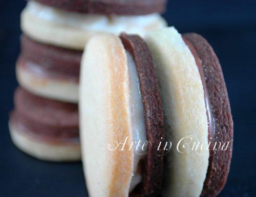 Biscotti ringo al cioccolato e alla crema