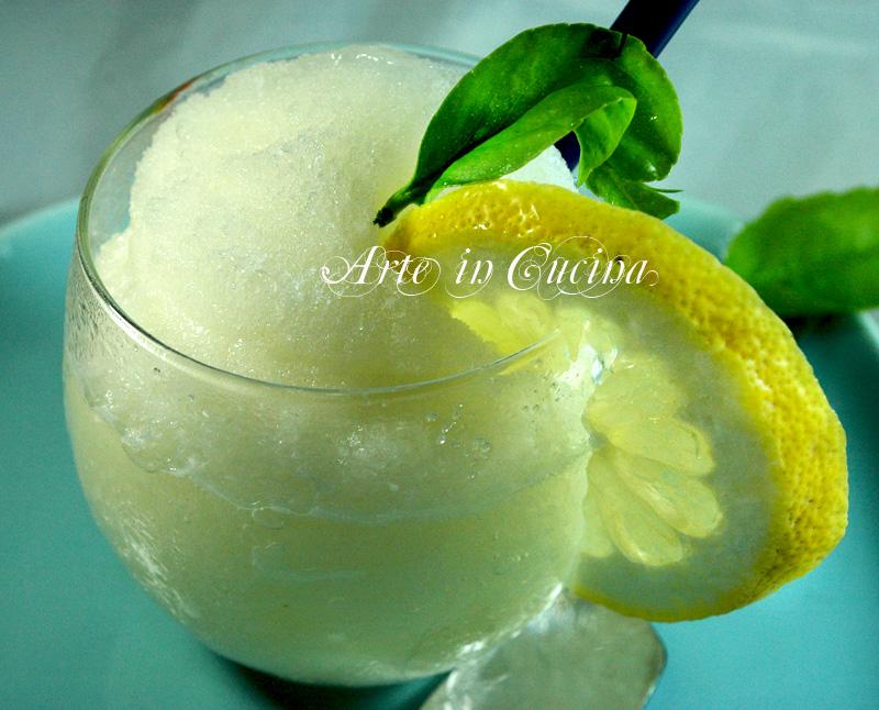 Granita siciliana al limone ricetta vickyart arte in cucina