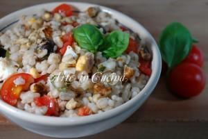 Insalata di riso e cereali