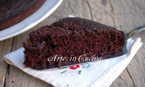 Torta matta al cioccolato senza uova lievito e latte