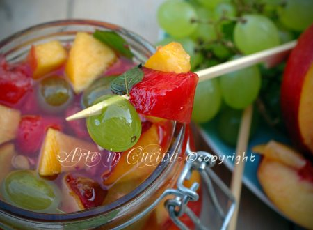 Frutta sciroppata alla menta