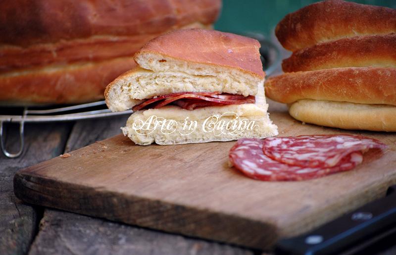 Pane morbido sfogliato per feste e buffet ricetta arte in cucina