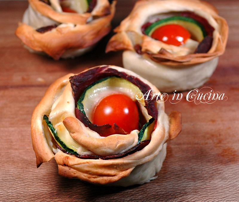 Antipasto con zucchine rose di pasta fillo ricetta arte in cucina