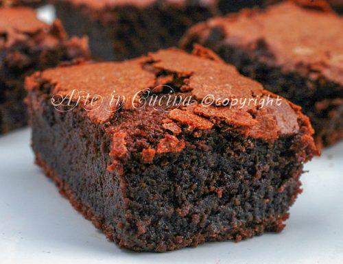 Torta con crema al cioccolato senza farina